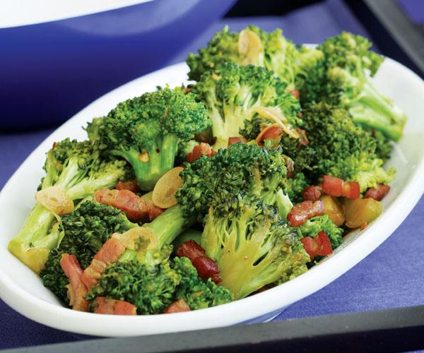 Top-9-Healthiest-Foods-broccoli