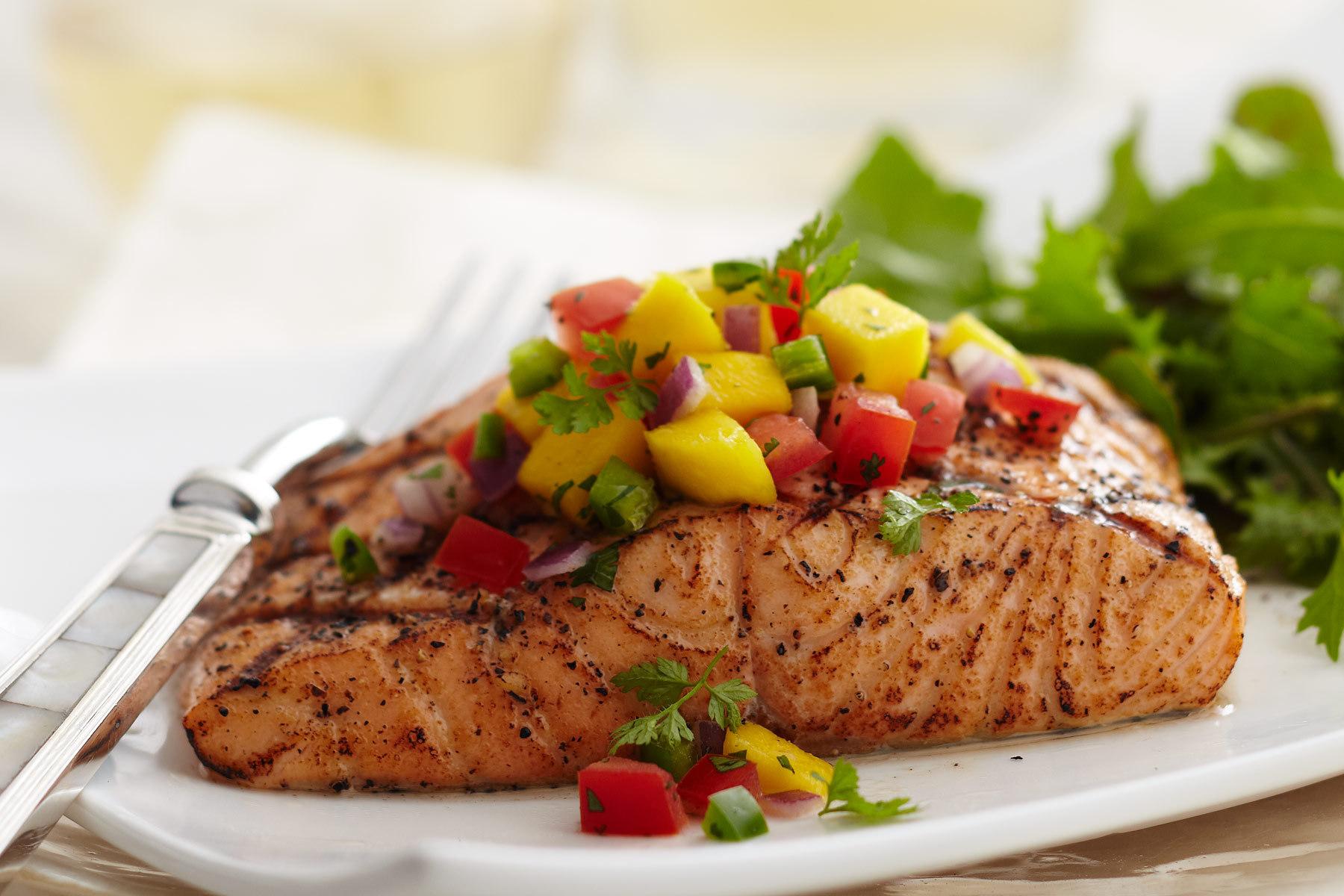 Top-9-Healthiest-Foods-salmon